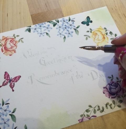 新手的第一堂鋼筆入門課~學寫一手優雅好字~浪漫法式書法花體字情書卡片設計教學-日日好文創韓玉青老師-鋼筆英文花體字-Niceday-親子鋼筆課 (5115)