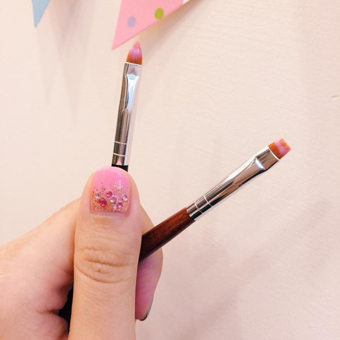 Daiso大創好物-新手美甲玩家方便入手的美甲DIY工具-光撩光療指甲凝膠指甲-光療筆彩繪筆-點珠筆-黏鑽筆-櫸木棒-畫線筆-美甲貼紙-美甲裝飾金屬片 (22)