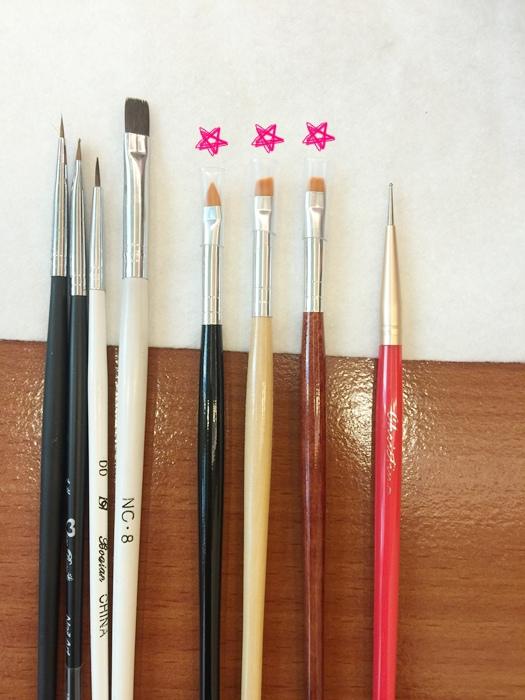 Daiso大創好物-新手美甲玩家方便入手的美甲DIY工具-光撩光療指甲凝膠指甲-光療筆彩繪筆-點珠筆-黏鑽筆-櫸木棒-畫線筆-美甲貼紙-美甲裝飾金屬片 (14)