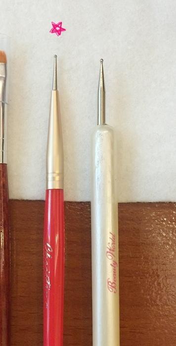 Daiso大創好物-新手美甲玩家方便入手的美甲DIY工具-光撩光療指甲凝膠指甲-光療筆彩繪筆-點珠筆-黏鑽筆-櫸木棒-畫線筆-美甲貼紙-美甲裝飾金屬片 (15)