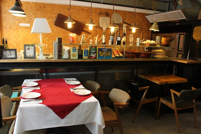 老烤箱義式手桿披薩-老烤箱義式披薩餐酒-義式小酒館-Antico Forno-帥哥-台北大安區瑞安街 (8)