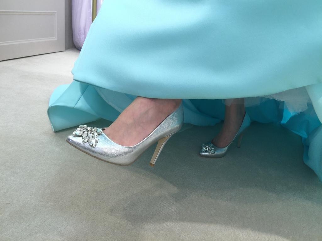 孕婦日記-跟高跟鞋說掰掰-鞋櫃裡的15雙高跟鞋收藏-D+af-Ferragamo-Vince Camuto-Red Velvet 紅絲絨婚鞋-Bo Derek-Diana (1211)