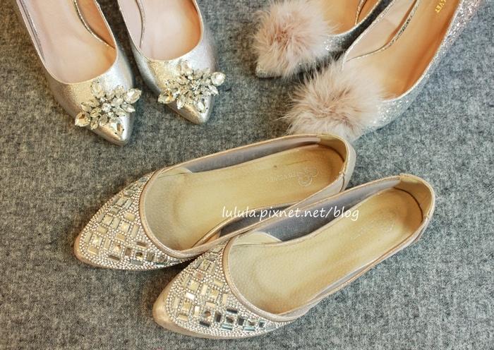 孕婦日記-跟高跟鞋說掰掰-鞋櫃裡的15雙高跟鞋收藏-D+af-Ferragamo-Vince Camuto-Red Velvet 紅絲絨婚鞋-Bo Derek-Diana (16)