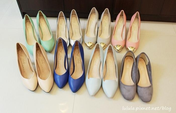 孕婦日記-跟高跟鞋說掰掰-鞋櫃裡的15雙高跟鞋收藏-D+af-Ferragamo-Vince Camuto-Red Velvet 紅絲絨婚鞋-Bo Derek-Diana (19)