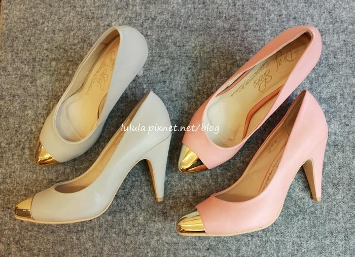 孕婦日記-跟高跟鞋說掰掰-鞋櫃裡的15雙高跟鞋收藏-D+af-Ferragamo-Vince Camuto-Red Velvet 紅絲絨婚鞋-Bo Derek-Diana (27)