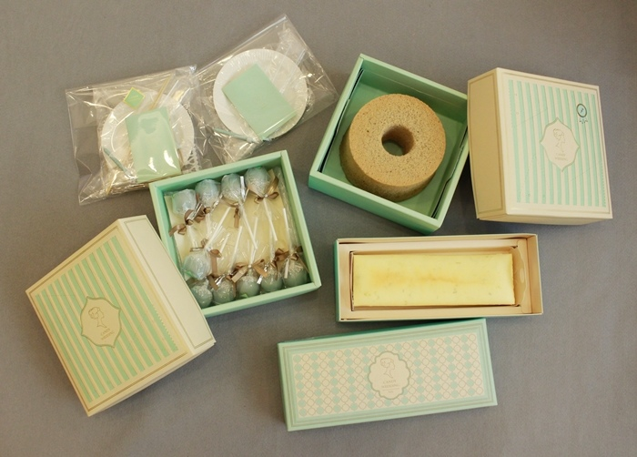 Candy Wedding-粉藍夢幻彌月蛋糕禮盒-小王子迷你派對組-甜心棒棒糖-經典乳酪蛋糕 (78)