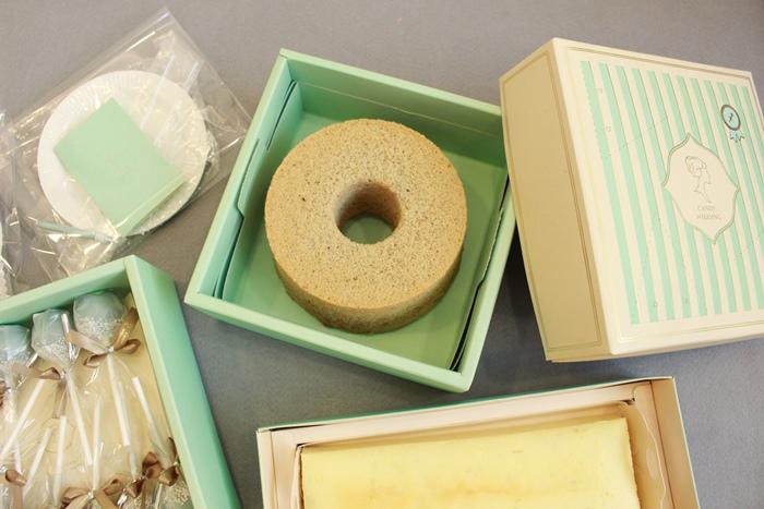 Candy Wedding-粉藍夢幻彌月蛋糕禮盒-小王子迷你派對組-甜心棒棒糖-經典乳酪蛋糕 (80)