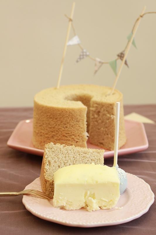 Candy Wedding-粉藍夢幻彌月蛋糕禮盒-小王子迷你派對組-甜心棒棒糖-經典乳酪蛋糕 (134)