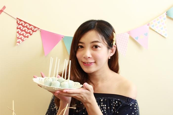Candy Wedding-粉藍夢幻彌月蛋糕禮盒-小王子迷你派對組-甜心棒棒糖-經典乳酪蛋糕 (118)