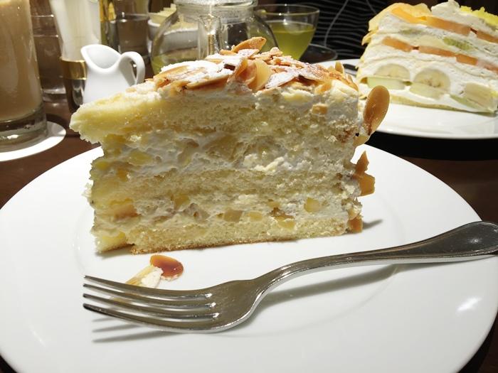 日本東京新宿LUMINE EST百貨B2F HARBS水果千層蛋糕mille crepe-卡士達栗子蛋糕Custard Marron Cake-超美味義大利麵-男生也無法抗拒 (147)