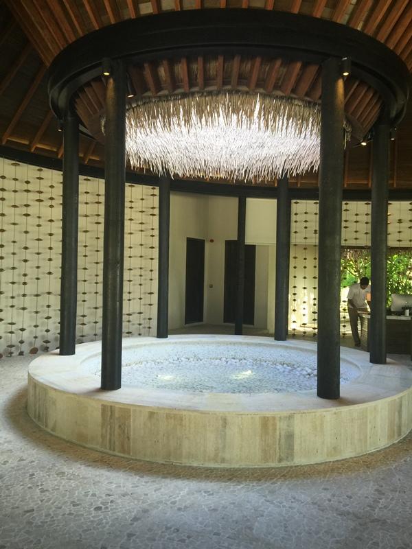 Honeymoon Maldives 馬爾地夫蜜月行-Maalifushi by COMO 第一天-賓至如歸的天堂夢幻島嶼-水上屋大驚豔-超美味晚餐 (3)