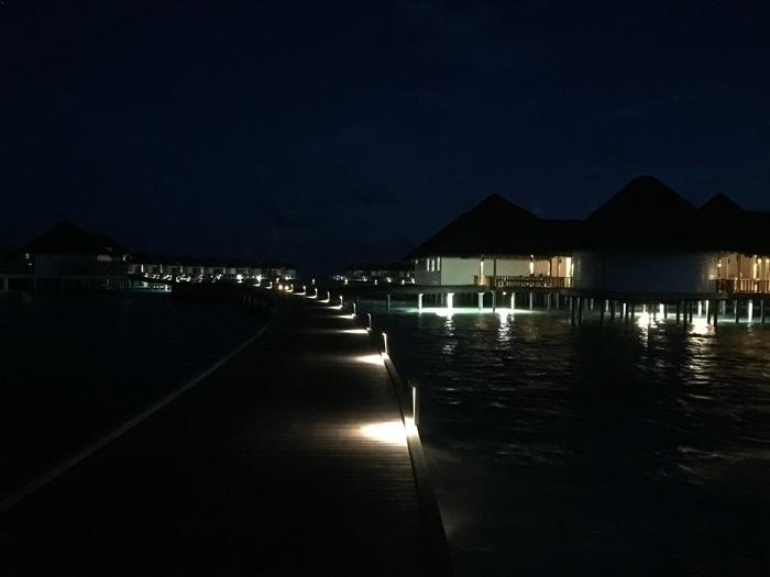 Honeymoon Maldives 馬爾地夫蜜月行-Maalifushi by COMO 第一天-賓至如歸的天堂夢幻島嶼-水上屋大驚豔-超美味晚餐 (25)