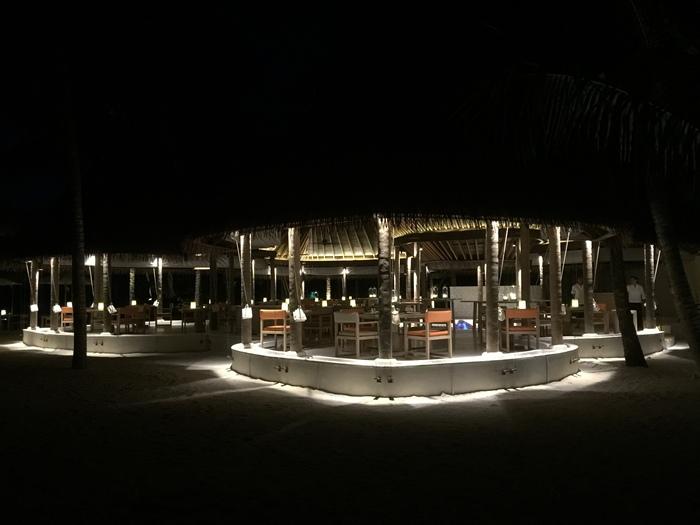 Honeymoon Maldives 馬爾地夫蜜月行-Maalifushi by COMO 第一天-賓至如歸的天堂夢幻島嶼-水上屋大驚豔-超美味晚餐 (26)