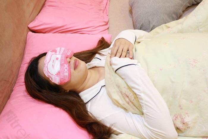 日本藥妝-snoopy可重複使用的蒸氣眼罩-發熱眼罩-微波爐加熱眼罩-紅豆眼罩 (4)