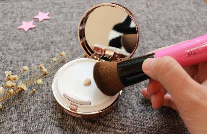 BeautyMaker 魚子緊緻完美觸控氣墊粉餅-Kevin老師-美肌修修無痕專業粉底刷-禮盒-魚子緊緻完美底妝組 (37)