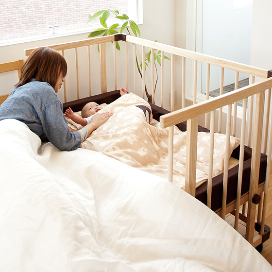 färska-日本farska嬰兒床-Bed side bed-親子共寢多功能嬰兒床-無印良品風日系風嬰兒床原木色系-透氣好眠可攜式床墊組-COMPACT BED (611)