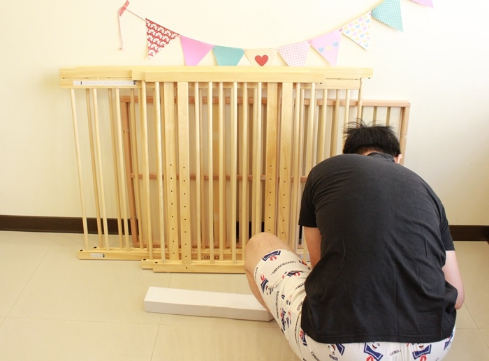 färska-日本farska嬰兒床-Bed side bed-親子共寢多功能嬰兒床-無印良品風日系風嬰兒床原木色系-透氣好眠可攜式床墊組-COMPACT BED (70)