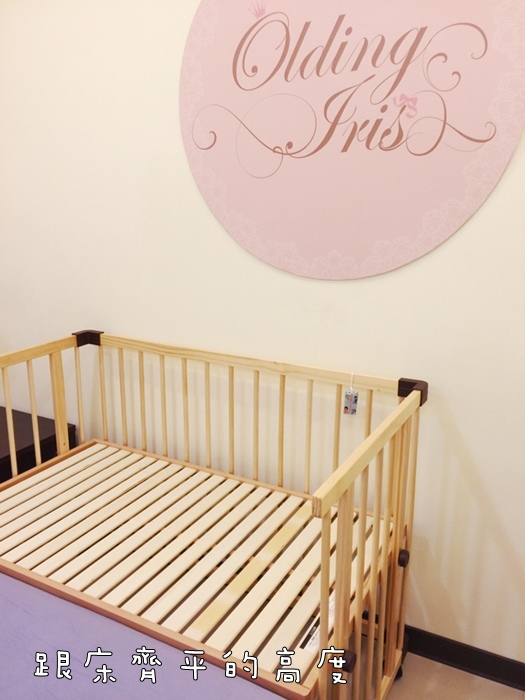 färska-日本farska嬰兒床-Bed side bed-親子共寢多功能嬰兒床-無印良品風日系風嬰兒床原木色系-透氣好眠可攜式床墊組-COMPACT BED (63)