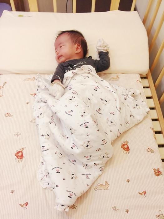 färska-日本farska嬰兒床-Bed side bed-親子共寢多功能嬰兒床-無印良品風日系風嬰兒床原木色系-透氣好眠可攜式床墊組-COMPACT BED (65)