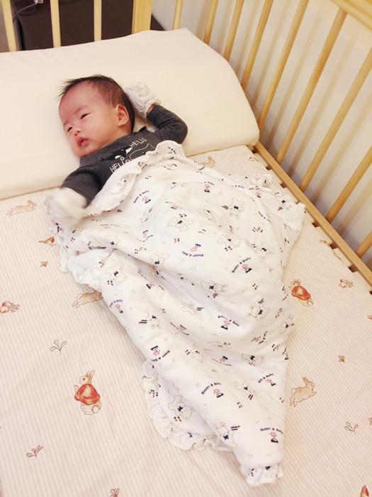 färska-日本farska嬰兒床-Bed side bed-親子共寢多功能嬰兒床-無印良品風日系風嬰兒床原木色系-透氣好眠可攜式床墊組-COMPACT BED (66)