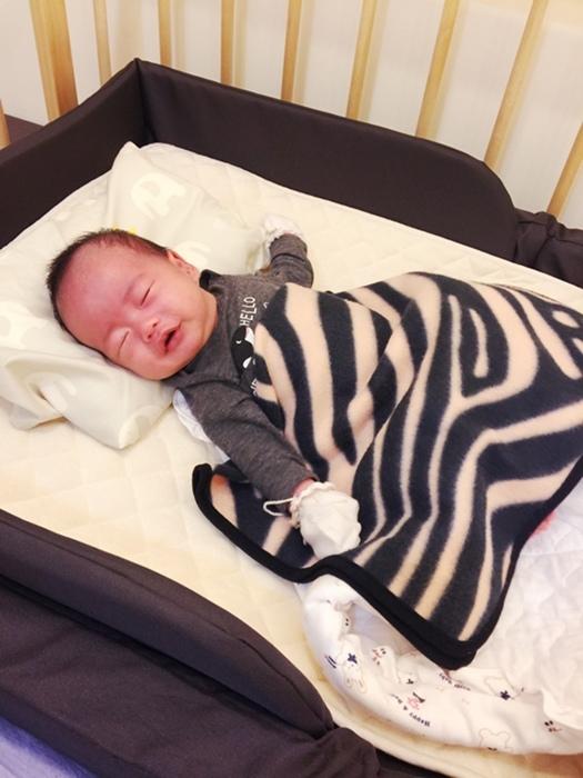 färska-日本farska嬰兒床-Bed side bed-親子共寢多功能嬰兒床-無印良品風日系風嬰兒床原木色系-透氣好眠可攜式床墊組-COMPACT BED (89)