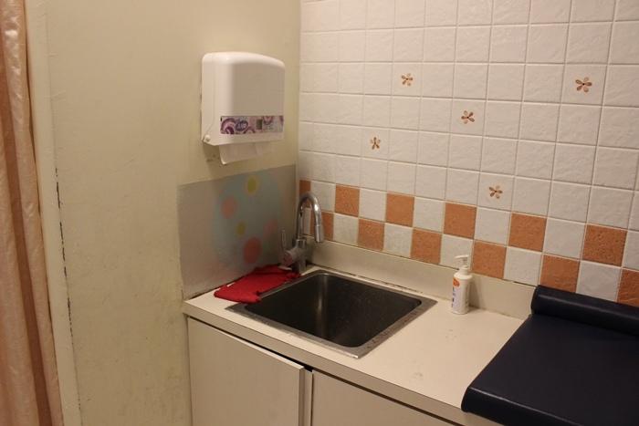 嘉義耐斯百貨耐斯廣場育嬰室4樓-哺乳室 (5)
