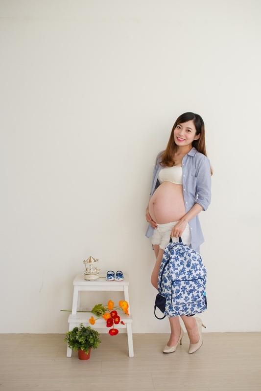 2017麗嬰房媽媽包寵兒禮形象照拍攝花絮-2017媽媽手冊免費兌換 (24)