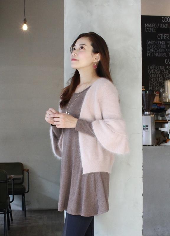 淘寶穿搭-毛衣-淘寶女裝GG House郭郭定制-毛衣裙寬鬆毛衣荷葉袖毛衣外套 (21)