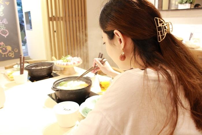 日本戰利品-百元首飾-chica-3 coins-百元商店三百元均一價-便宜質感首飾髮飾耳環項鍊珠寶盒-日本必逛 (9)