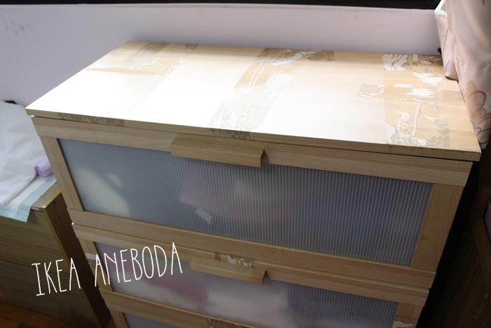 大創木紋貼皮-木板牆面裝飾貼-改造IKEA醜醜的衣櫃 (9)