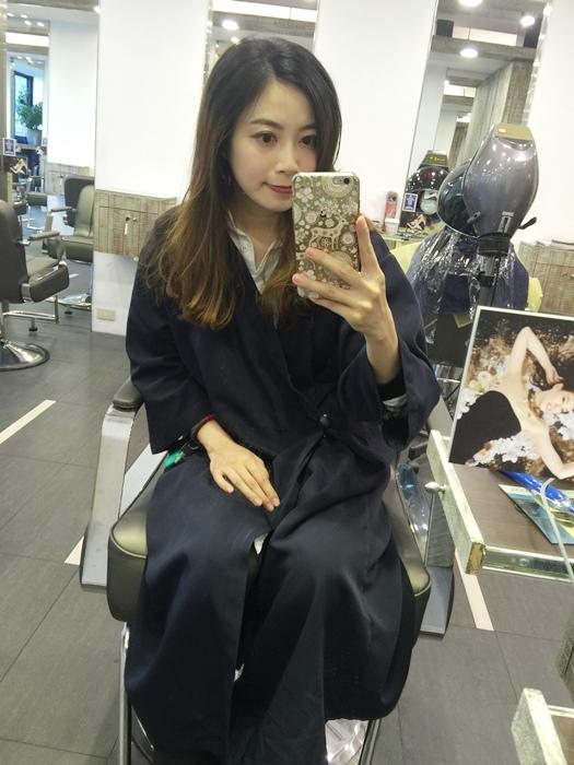 PLUUS 南西店-設計師NICK-媽媽的簡單清爽內彎直髮-外捲瀏海 (3)