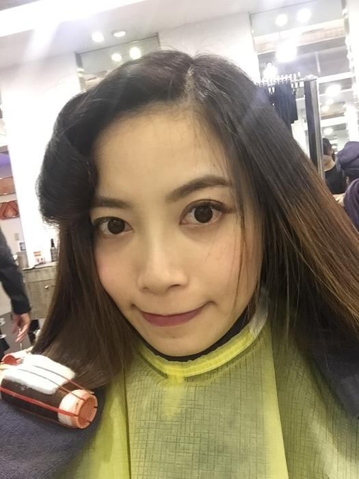 PLUUS 南西店-設計師NICK-媽媽的簡單清爽內彎直髮-外捲瀏海 (11)