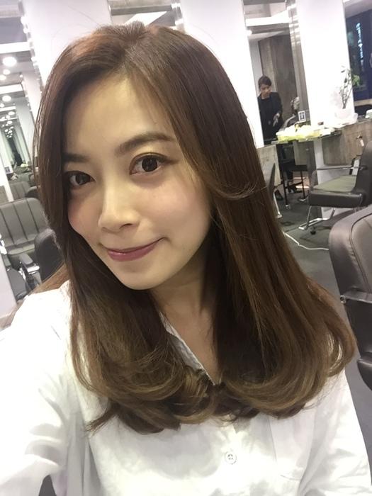 PLUUS 南西店-設計師NICK-媽媽的簡單清爽內彎直髮-外捲瀏海 (19)