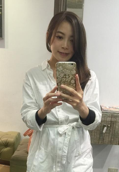 PLUUS 南西店-設計師NICK-媽媽的簡單清爽內彎直髮-外捲瀏海 (24)