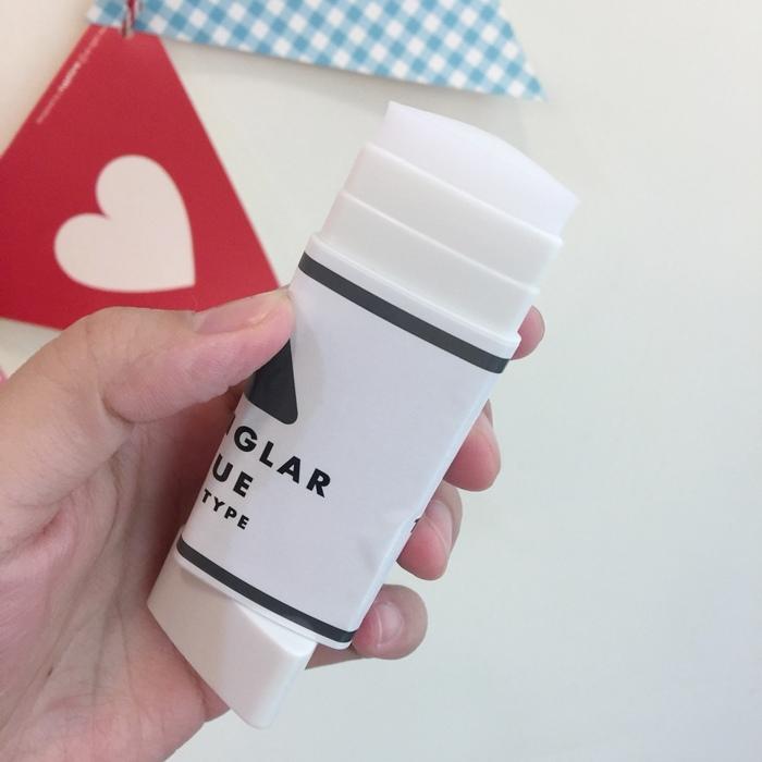 大創文具-Daiso-文青螢光筆-三角形口紅膠-手帳圓點貼紙-北極熊索引貼-黑板膠-三色粉筆 (17)
