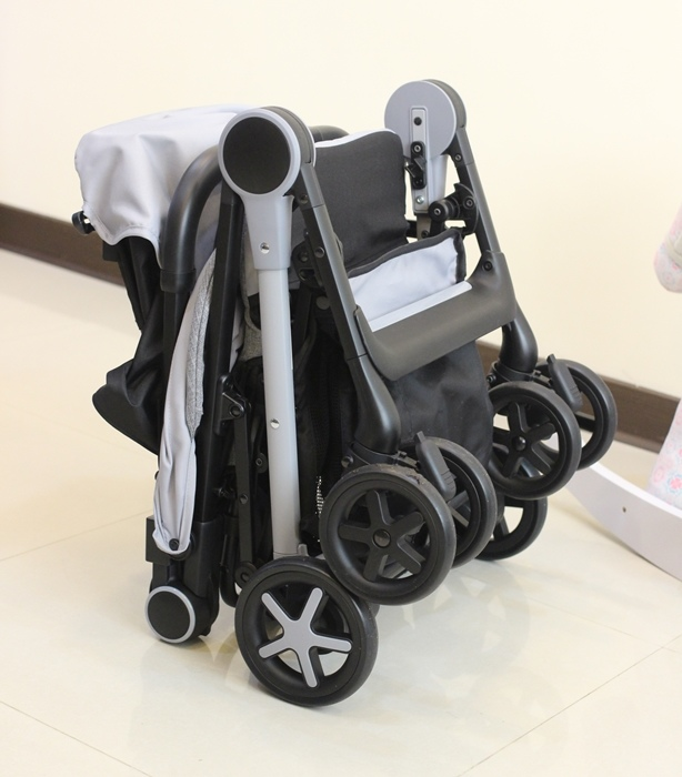 Miinimo Chicco推車嬰兒推車娃娃車-出遊旅行出國可攜帶上高鐵後車廂行李架-隋棠代言推車 (100)