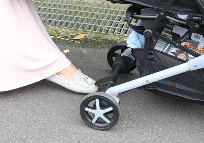Miinimo Chicco推車嬰兒推車娃娃車-出遊旅行出國可攜帶上高鐵後車廂行李架-隋棠代言推車 (70)