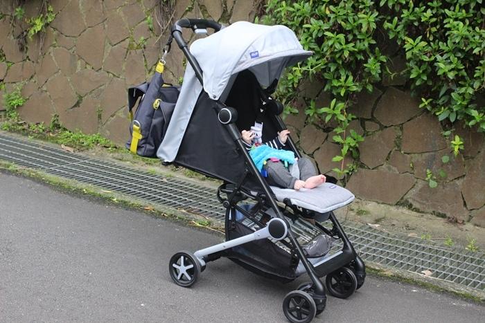 Miinimo Chicco推車嬰兒推車娃娃車-出遊旅行出國可攜帶上高鐵後車廂行李架-隋棠代言推車 (52)