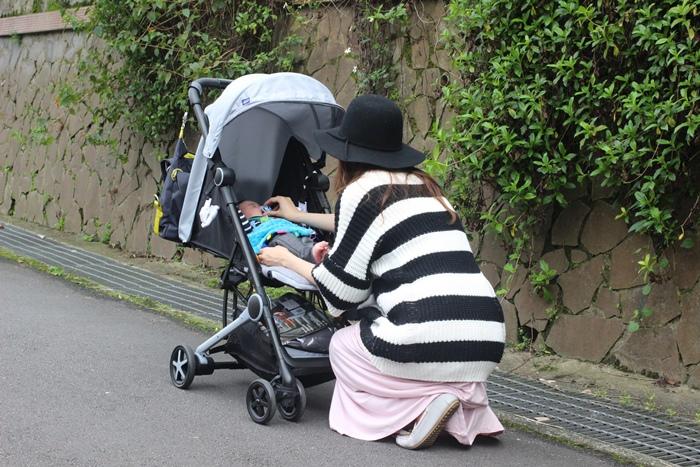 Miinimo Chicco推車嬰兒推車娃娃車-出遊旅行出國可攜帶上高鐵後車廂行李架-隋棠代言推車 (43)