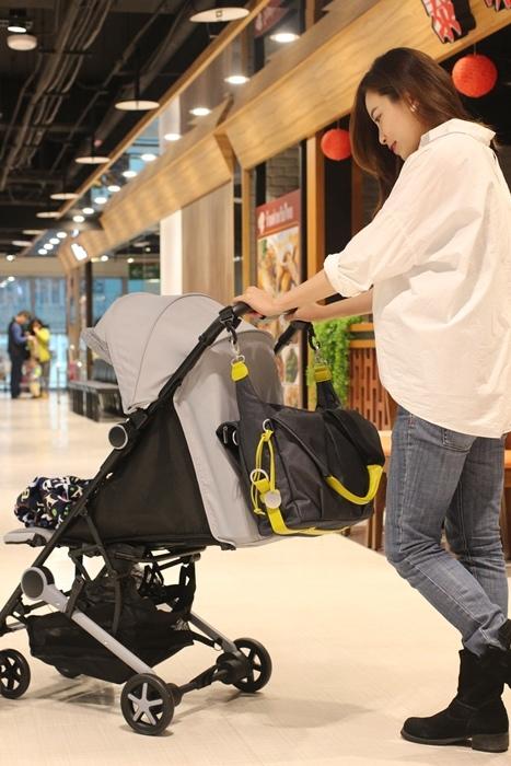 Miinimo Chicco推車嬰兒推車娃娃車-出遊旅行出國可攜帶上高鐵後車廂行李架-隋棠代言推車 (82)