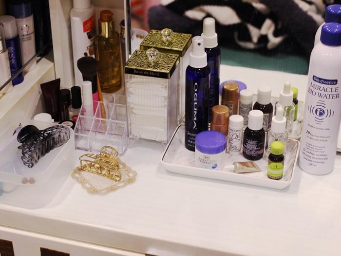 斷捨離與無印良品風的收納日常-morning cleaning-小蘇打粉與檸檬酸的收納-MUJI無印良品入浴劑補充瓶-IG風的主婦收納-梳妝台收納-保養品收納-彩妝品收納-大創PP盒 (8)