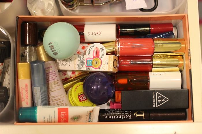 斷捨離與無印良品風的收納日常-morning cleaning-小蘇打粉與檸檬酸的收納-MUJI無印良品入浴劑補充瓶-IG風的主婦收納-梳妝台收納-保養品收納-彩妝品收納-大創PP盒 (63)