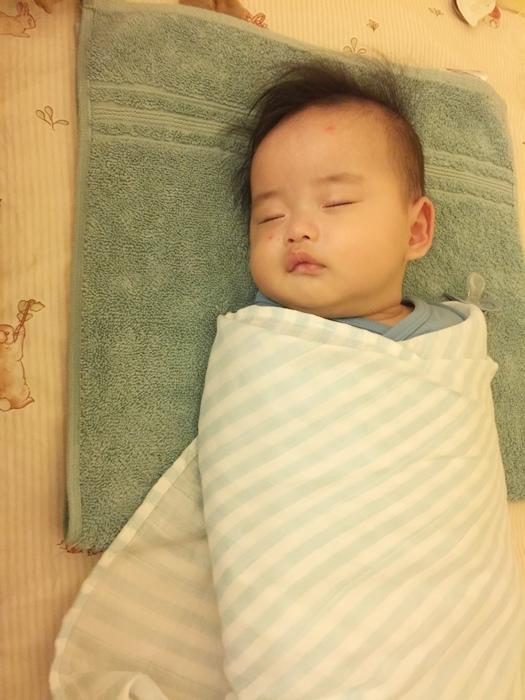 costco 包巾 育嬰好物 好物推薦 swaddle designs 嬰兒包巾 a+a包巾 (11)