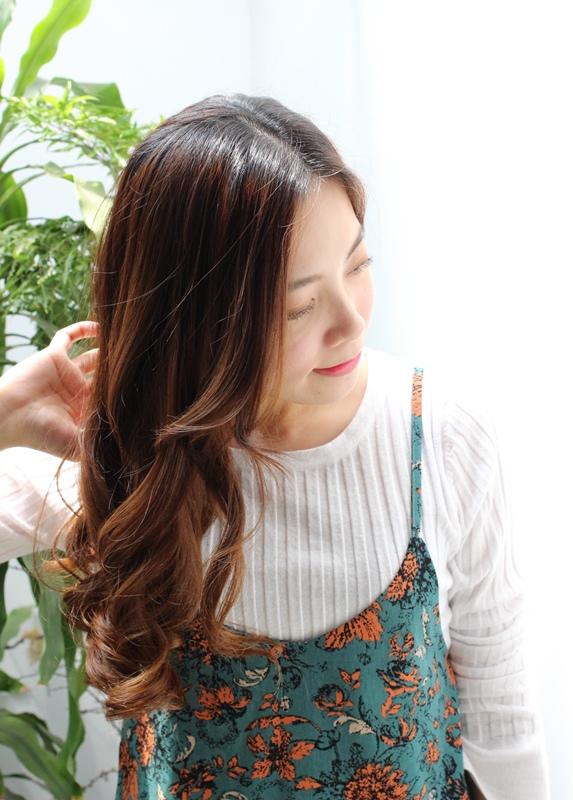 RF荷那法蕊 - Rene Furterer Lumicia櫻桃粉漾燦光系列髮浴洗髮精護髮乳 美妝盒 (54)