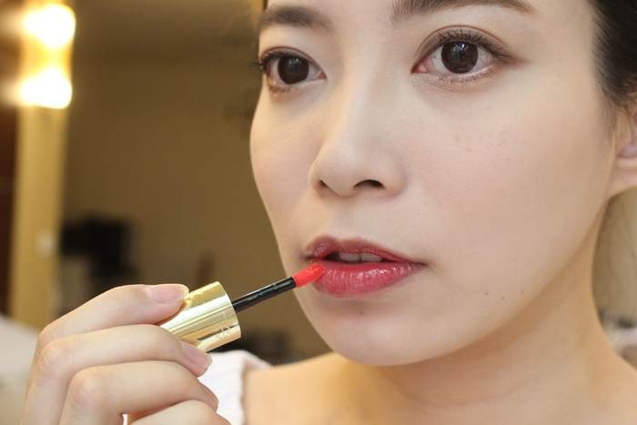 EXCEL Lip Care Oil 美容唇油-ruby red cherry pink LO01 LO02 試色 日本藥妝戰利品 EXCEL唇蜜-滋潤不黏膩 (7)