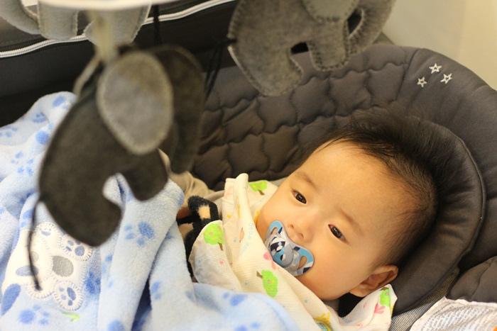 Chicco Lullaby Dream多功能豪華遊戲床-翻滾嬰兒的救星 (20)