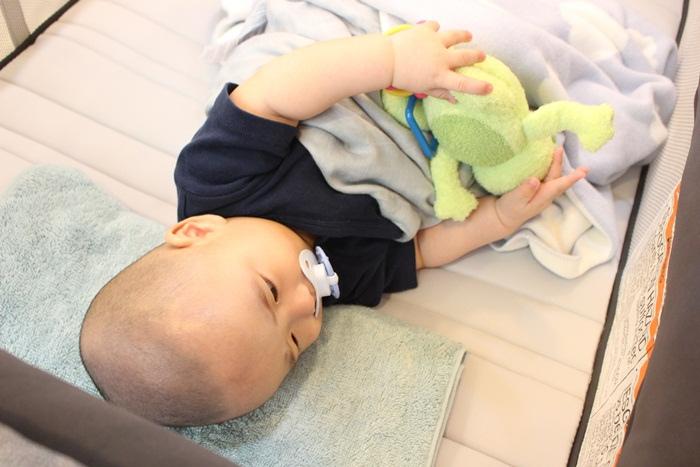 Chicco Lullaby Dream多功能豪華遊戲床-翻滾嬰兒的救星 (69)