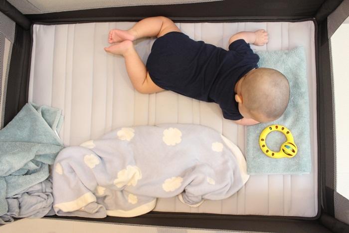 Chicco Lullaby Dream多功能豪華遊戲床-翻滾嬰兒的救星 (93)