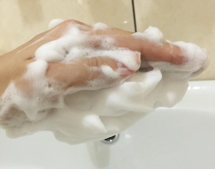 日本北海道二十年牛奶泡洗面乳-日本製 -Japan-北的快適工房乳清成分-泡沫洗臉不拉扯肌膚-保濕去除污垢(93)
