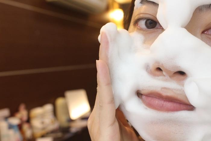 日本北海道二十年牛奶泡洗面乳-日本製 -Japan-北的快適工房乳清成分-泡沫洗臉不拉扯肌膚-保濕去除污垢(112)